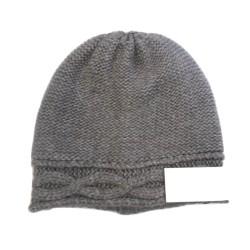 Berretto punto rasato rovescio effetto tricot con treccia applicata